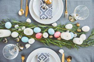 dæk op til påskefrokost